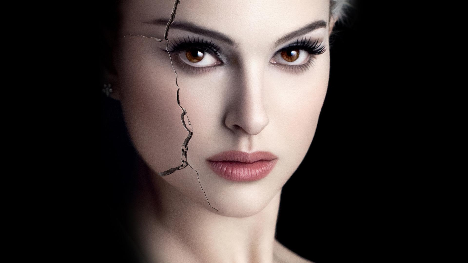 Natalie Portman Wide